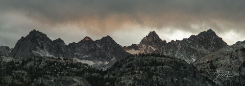 Storm rolling in over the Sierra Nevada mountain range in California