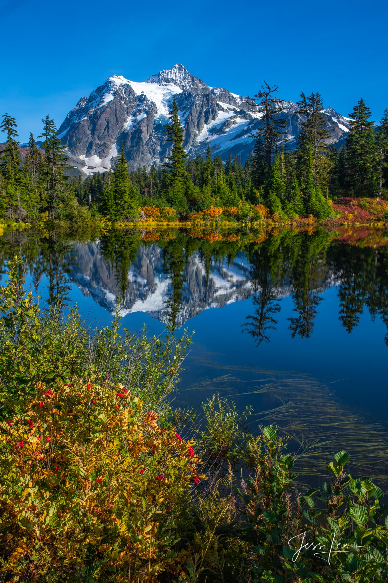 photo of North Cascades, National Park photography, fine art print, landscape, mountains, alpine lake, fall, autumn, reflection, water, Washington, Pacific Northwest, PNW, photo
