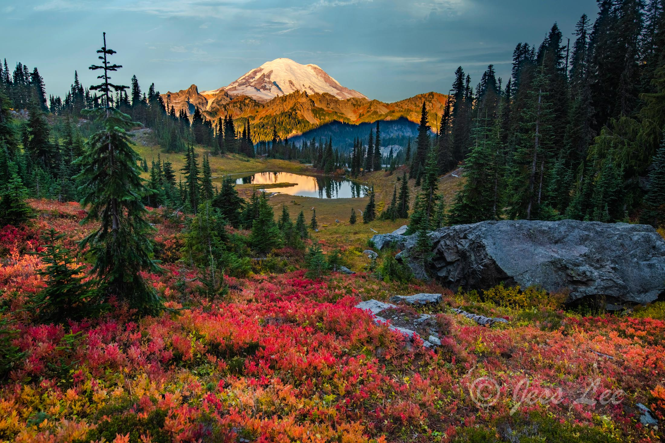 Photo, mountain, photography, Print, Fine Art, Limited edition, northwest, rainier, fall, autumn, snow-capped, beauty, fine art america,  jess lee, artist, photographer, limited edition, high quality, photo