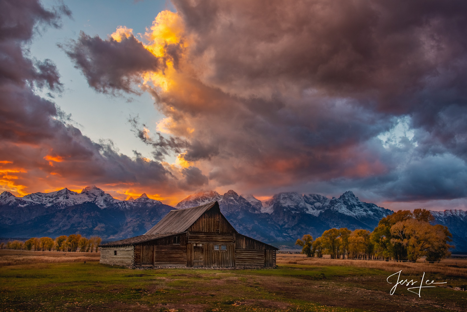 photo of Grand Tetons in Wyoming, barn photo, sunset, autumn colors, fall, mountain photography, quality, museum, fine art, print, jess lee, artist, western, cowboy, photographer, limited edition, hig, photo
