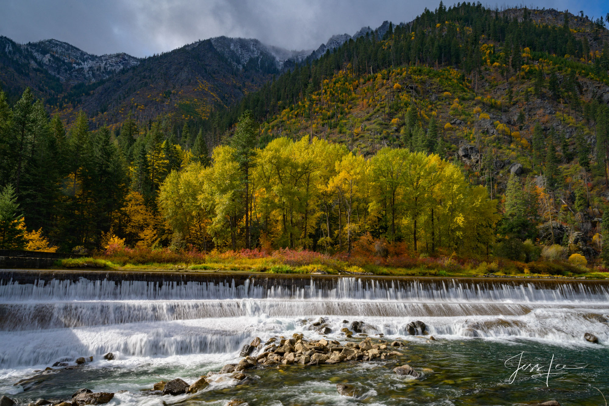 Fine Art Limited Edition Photography of Washington. Washington Autumn Landscapes, Rivers, waterways.This is part of the luxurious...