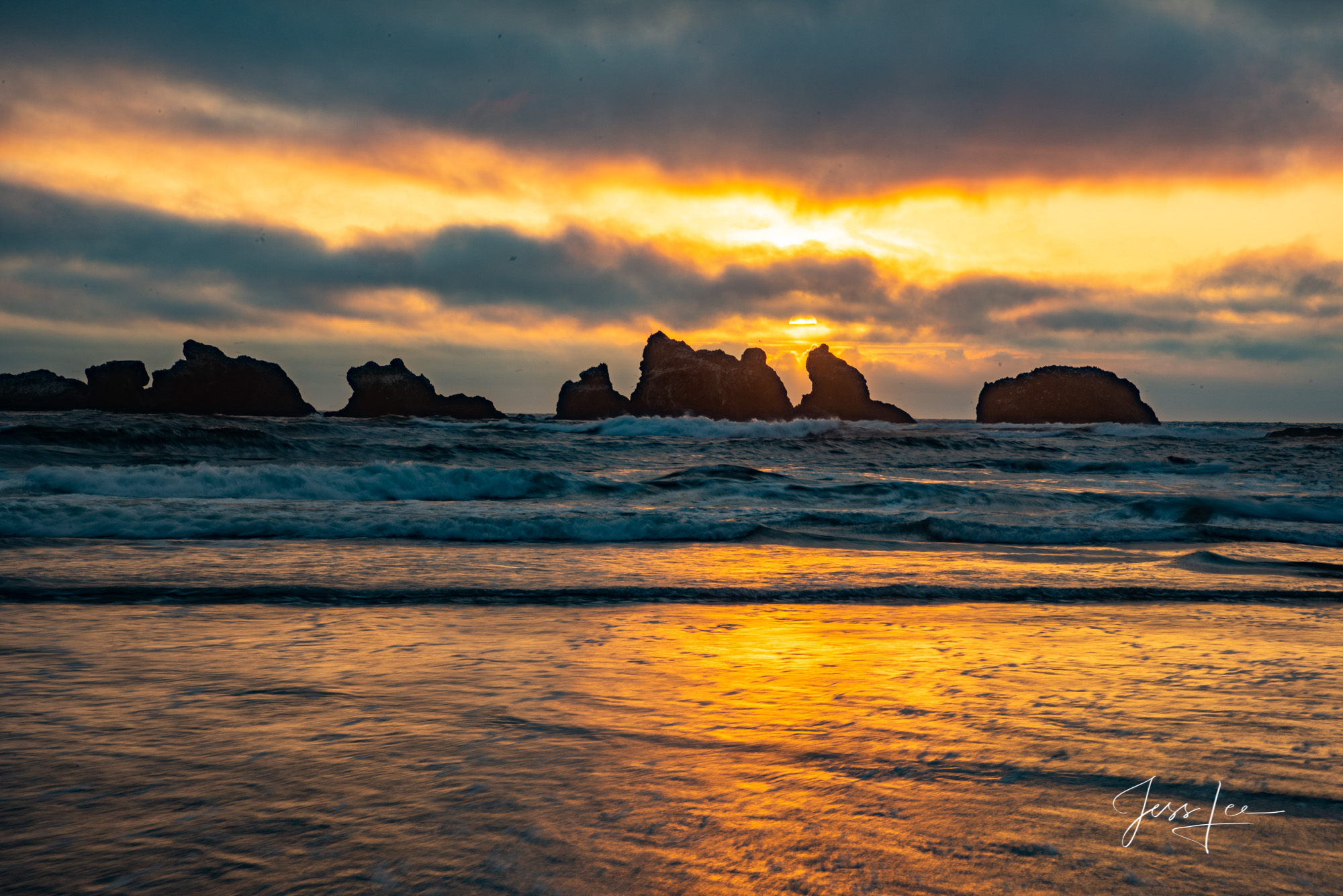 Fine Art Limited Edition Photography of Oregon. Oregon Seaside Landscapes.This is part of the luxurious collection of fine art...