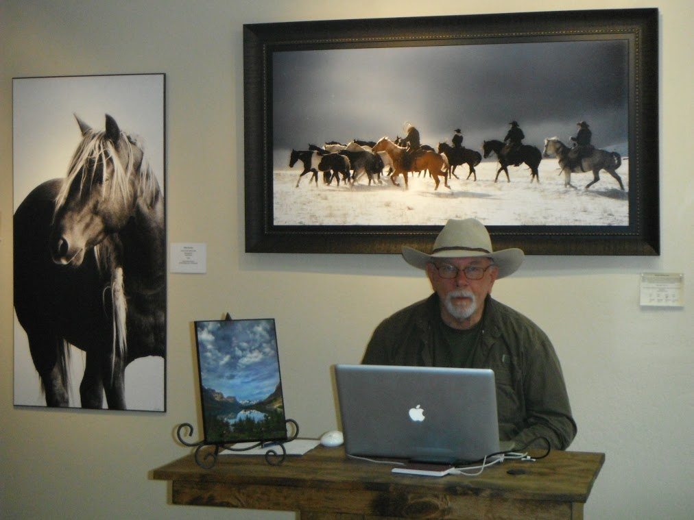 Jess at work in the Wickenburg Gallery
