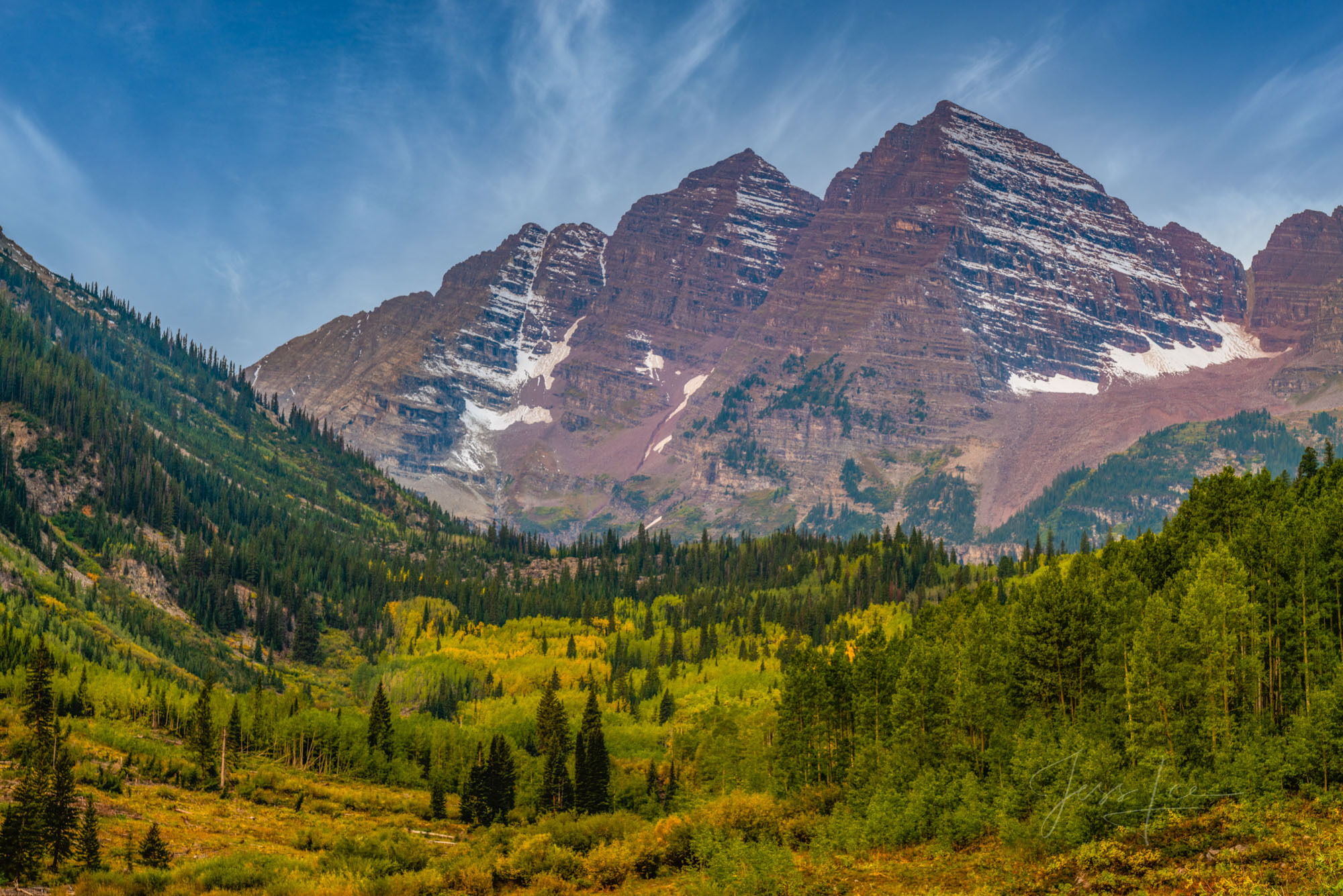 Maroon Bells, Colorado in early autumn. A Fine Art Limited Edition of 200 photo prints.    These Colorado Fall fine art Landscape...
